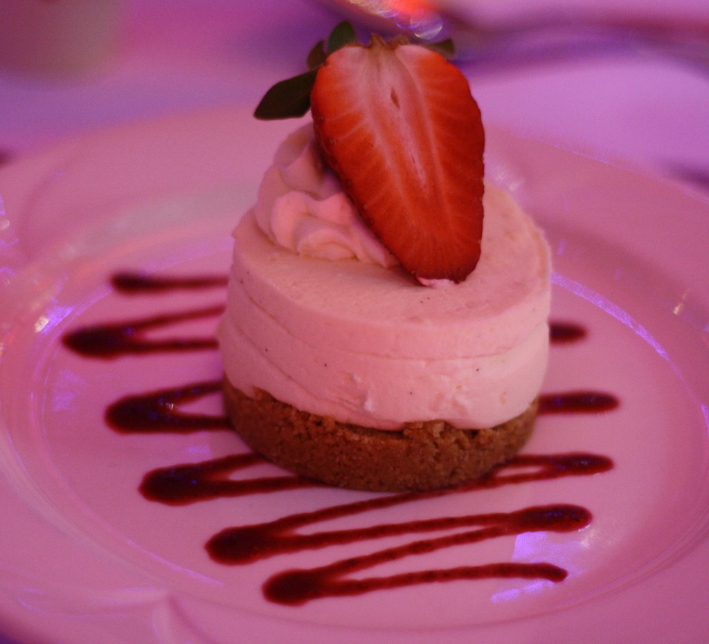 Strawberry cheesecake wedding dessert
