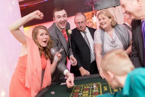 Gambling at Vicki's wedding with Nick