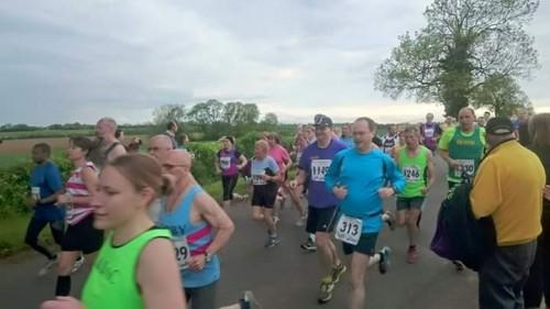 Blisworth 5 mile race start