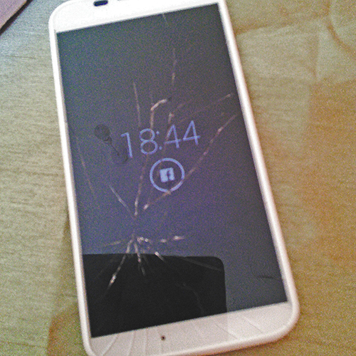 Smashed screen on my Motorola