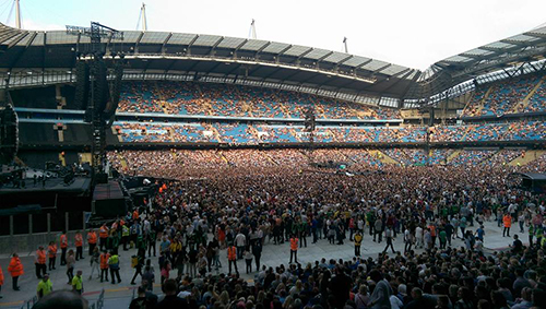 Coldplay crowds