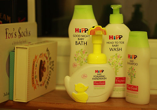 Hipp bathtime products